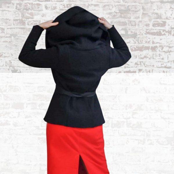 Schnittmuster Jacke Damen mit großer Kapuze