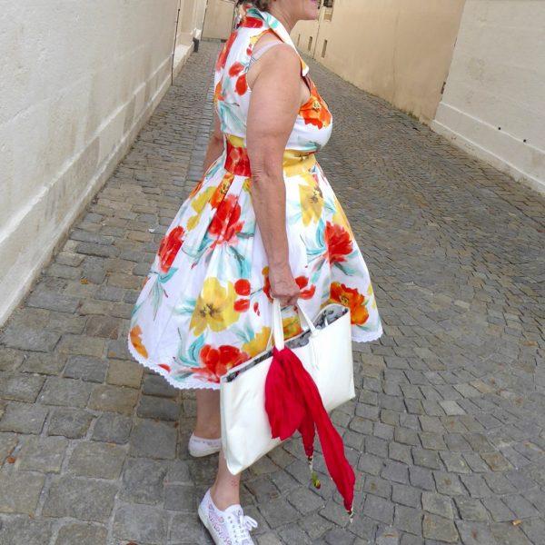 Schnittmuster Kleid Damen ärmellos