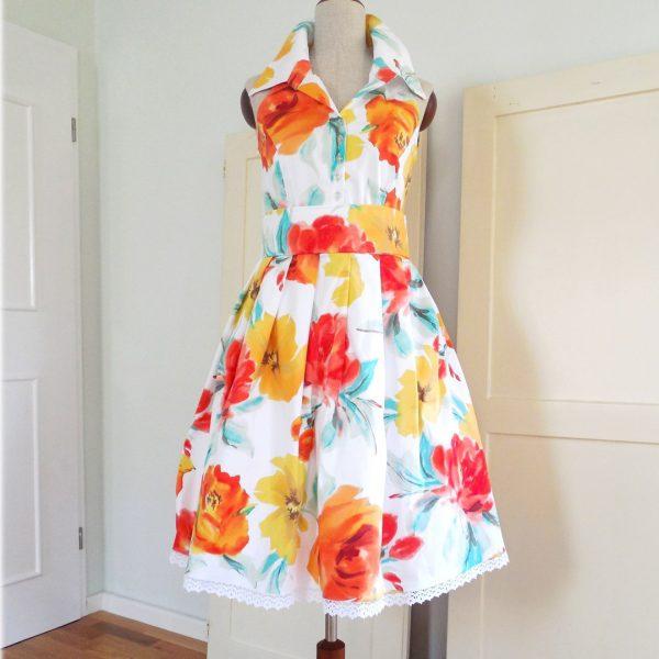 Schnittmuster für Kleid mit Stehkragen